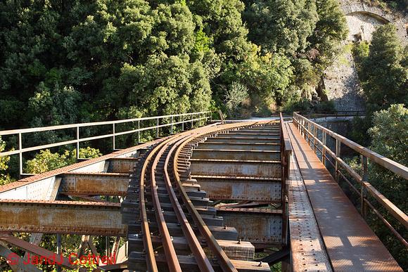 De Chirico's Bridge