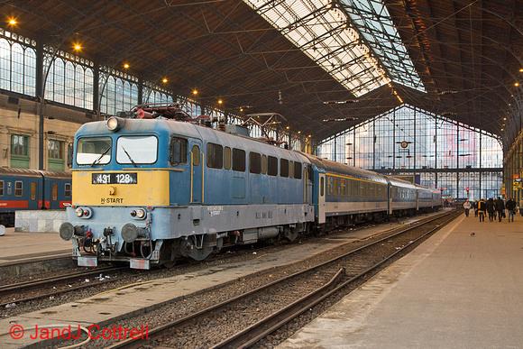 431 128 at Budapest-Nyugati