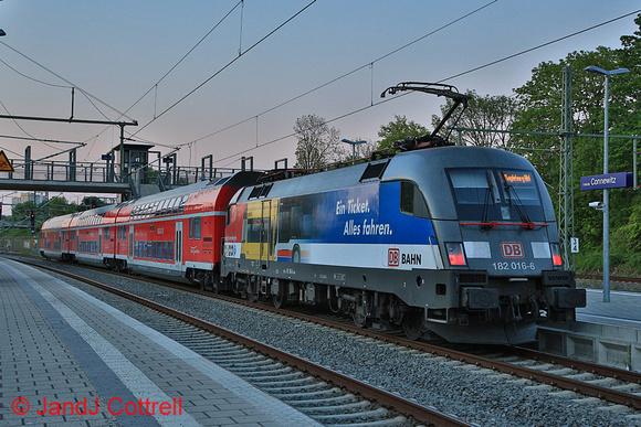 182 016 at Leipzig-Connewitz