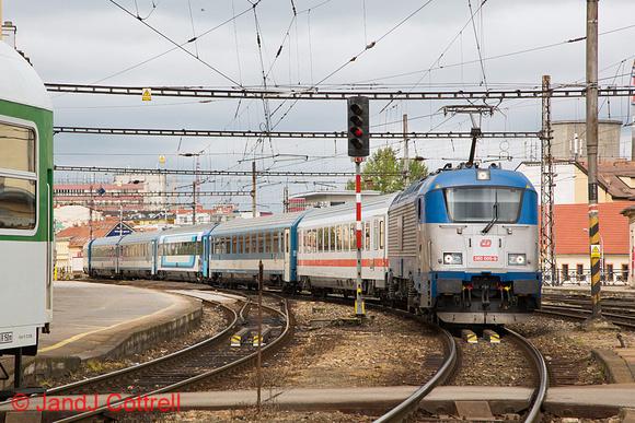 380 005 at Brno hl.n.